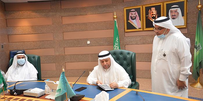 معالي رئيس الجامعة يعتمد 33 مبادرة رقمية للمشاركة في ملتقى مكة الثقافي بدورته الخامسة
