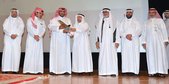 الأمير فهد بن مشعل يكشف عن احتياج المملكة لإنشاء أندية وأكاديميات تعليم وتدريب هواة الطيران